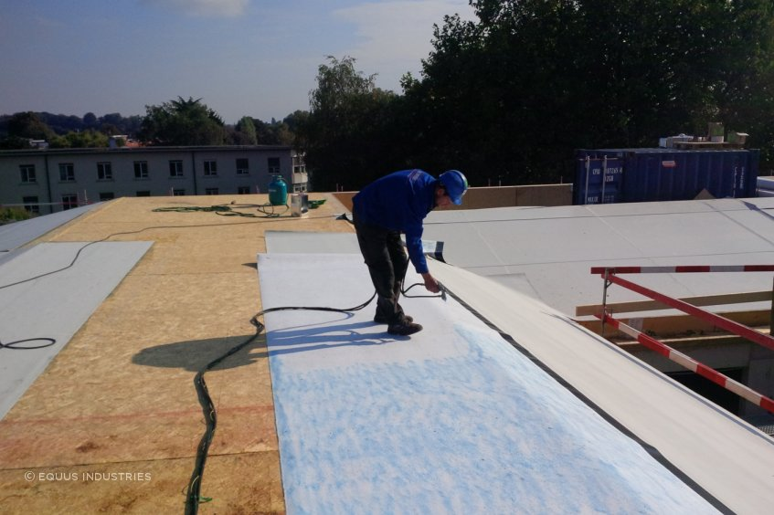 TPO membrane is a synthetic waterproofing membrane manufactured in TPO modified polyolefin, reinforced by a polyester mesh.