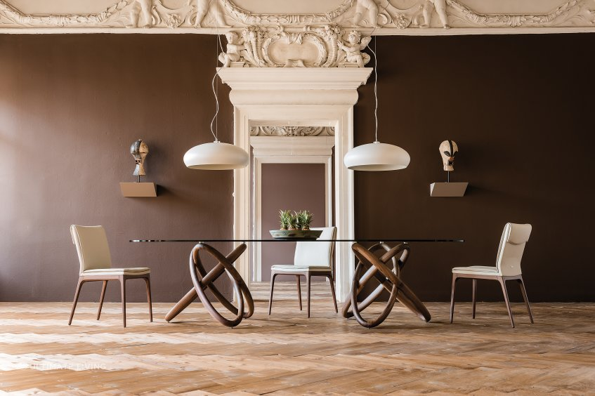 Carioca table by Cattelan is a work of art in itself