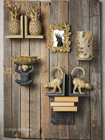 These quirky Côté Table Gold Monkey book ends brighten up any interior space.