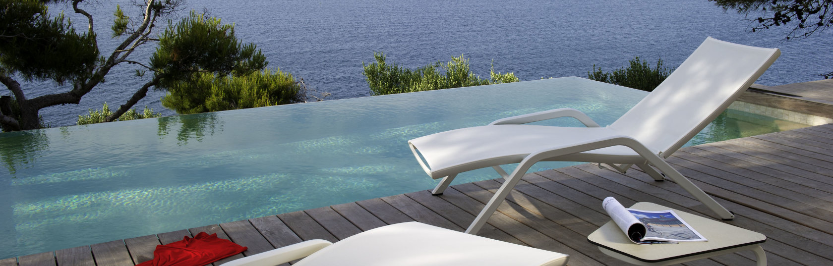 How to choose the best sun lounger for your space