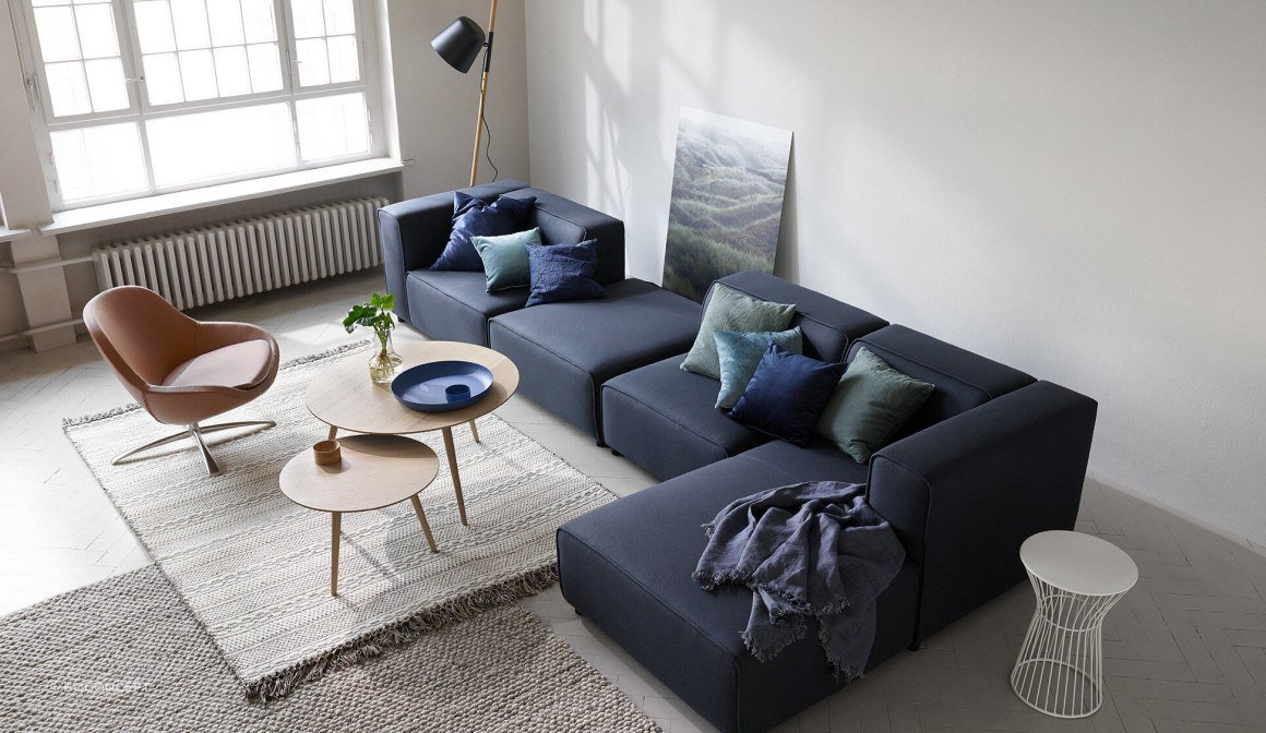 Carmo Sofa with Resting Unit